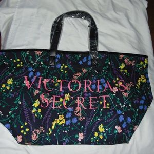 NWT Victoria's Secret Floral tote gym beach